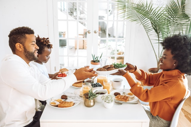 6 Simple Ways To keep your family Healthy and Happy